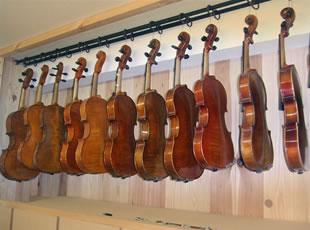 バイオリン・ビオラ・チェロ