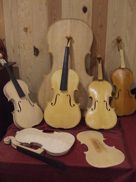 当工房製の楽器
